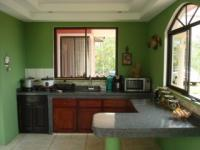 1810_2-kitchen_area.JPG