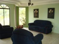 1810_3-living_room.JPG