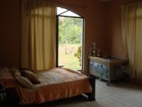 1810_5-master_bedroom.JPG