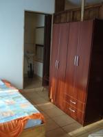 2365_apto_a_-_closet.JPG