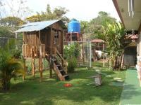 3352_backyard1.JPG