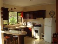 3352_kitchen.JPG