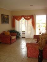 3352_livingroom.JPG