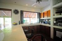 4164_Hacienda_La_Paz_-_kitchen_counter.jpg