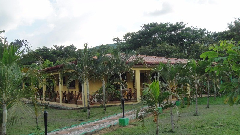 En venta ganga propiedad grande con villas y terreno for Planimetrie della mia villa