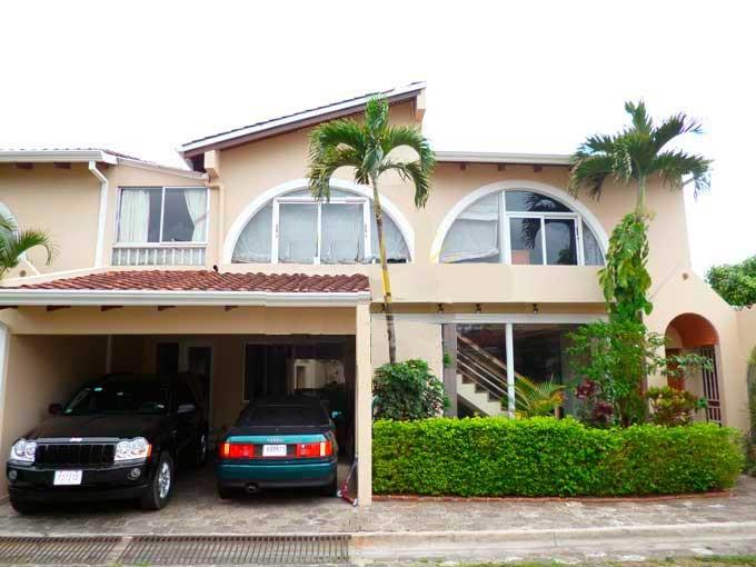 En venta casa elegante en condominio 4 habitaciones 3 - Casas en valles occidental ...