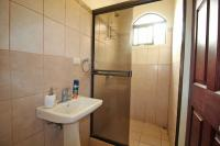 7428_1011_017-banno3-392-nuevoshorizontespropiedades-venta-sevende-casa-condominio-la-ladera-Heredia.jpg