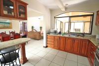 7428_3133_007-cocina-392-nuevoshorizontespropiedades-venta-sevende-casa-condominio-la-ladera-Heredia.jpg