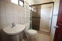 7428_5436_015-banno2-392-nuevoshorizontespropiedades-venta-sevende-casa-condominio-la-ladera-Heredia.jpg
