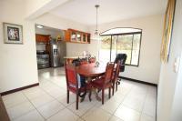 7428_7175_006-comedor-392-nuevoshorizontespropiedades-venta-sevende-casa-condominio-la-ladera-Heredia.jpg