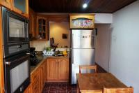 7429_4877_012-Cocina-3-propiedes-vende-Coronado-San-Jose.jpg