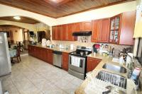 7439_783_015-cocina-402-nuevoshorizontespropiedades-venta-casa-san-isidro-heredia.jpg
