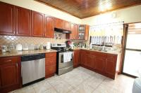 7439_9900_014-cocina-402-nuevoshorizontespropiedades-venta-casa-san-isidro-heredia.jpg