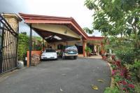 7449_7505_002-cochera-373-nuevoshorizontespropiedades-se-vende-casa-en-venta-El-Roble-SAnta-Barbara-Heredia.jpg