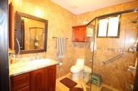 7449_935_115-banno2-373-nuevoshorizontespropiedades-se-vende-casa-en-venta-El-Roble-SAnta-Barbara-Heredia.jpg