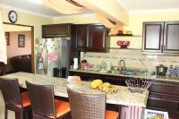 7460_8418_010-cocina-411-casa-venta-sevende-sanpablo-heredia-nuevoshorizontespropiedades.jpg