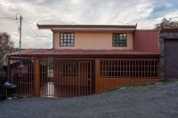 7617_1262_casa-sagrada-familia_(12).jpeg