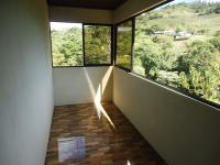 7695_7649_016-pasillo-445-nuevos_horizontespropiedades-San_Ramon-Alajuela-sevende-casa1.JPG