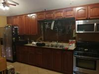 7900_9092_04_kitchen.jpg